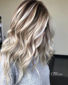 "6,515 Likes, 184 Comments - Michigan Balayage | BL❄️NDE (@catherinelovescolor) on Instagram: ""Painted Shadows  . I painted a ribbon effect to get this look! Oligo was my paint , olaplex was my…"""
