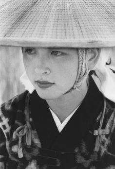 日本の写真史を飾った写真家の「私の1枚」-フジフイルム・フォトコレクションによる- 有名すぎる写真ですがやっぱりいい。