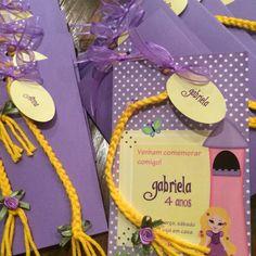 Convite tranças Rapunzel personalizado
