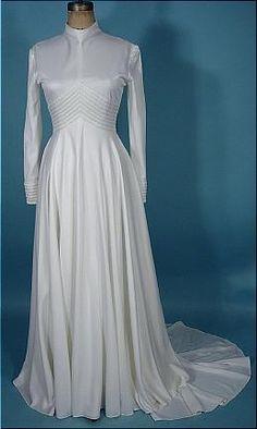1970's Strawbridges & Clothier Bridal White Jersey Wedding Gown