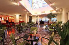 Wintergarten / winter garden Das Hotel, Table Decorations, Furniture, Home Decor, Winter Garden, Decoration Home, Room Decor, Home Furnishings, Home Interior Design