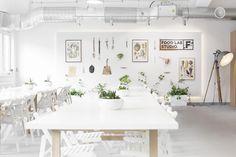 Food Lab Studio - Multifuncional space in Warsaw! #cooking #design #Lange #vespa #cook #kitchen #event #warsaw #rustic #table