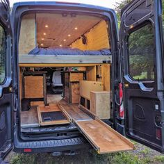 We Re 2 Engineers That Built A Campervan From Scratch And Obsessively Documented It - Van Life Van Conversion Interior, Camper Van Conversion Diy, Casas Trailer, Diy Van Conversions, Kombi Motorhome, Camper Trailers, Converted Vans, Vw Camping, Camping Table