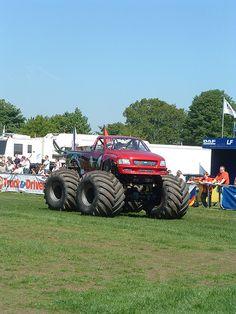 Monster Truck Monstrous