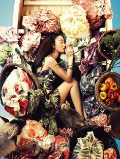 패셔너블한 여름 밤의 꿈 :: VOGUE KOREA