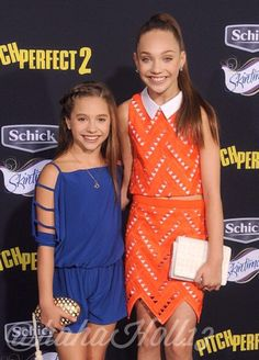 Added by #hahah0ll13 Dance Moms LA Premiere of Pitch Perfect 2 Maddie and Mackenzie Ziegler