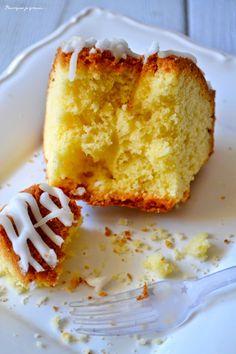 Babka - ou gâteau polonais - saveur citron.  Lemon Polish cake. http://pourquoi-je-grossis.blogspot.fr/2014/10/babka-ou-gateau-polonais-saveur-citron.html