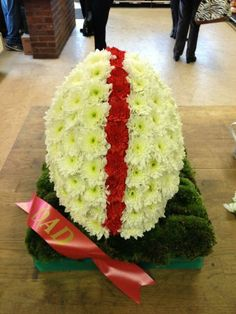 Did anyone order the Rugby ball made of flowers?