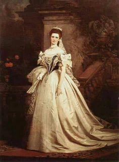 Queen Elisabeth of Hungary and Bohemia, Empress of Austria née Duchess in Bavaria in Hungarian coronation robes. Austria, Die Habsburger, Empress Sissi, Elisabeth I, Kaiser Franz, Reine Victoria, Queen Victoria, Queen Photos, Royal House