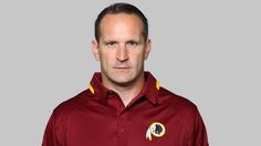 As several tipsters have notified us, a Washington football team assistant coach took a semi-covert piss into a cup during the team's loss to Detroit yesterday. A fan took several photos of Ben Kotwica mid-piss—TMZ has the story— which has subsequently come to overshadow the team's late loss to the Lions. Before scrolling down to view the tweet below, be aware it may not be safe for work, or life: