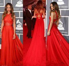 Resultado de imagen para rihanna vestido rojo transparente GRAMMY ESPALDA