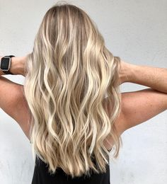 is my idea of the perfect blonde.This is my idea of the perfect blonde. Blonde Hair Looks, Brown Blonde Hair, Golden Blonde, Dying Hair Blonde, Butter Blonde Hair, Baby Blonde Hair, Perfect Blonde Hair, Blonde Honey, Medium Blonde