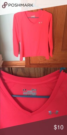 Under Armour Heatgear V-neck Long Sleeve Lightly worn but in great condition, Under Armour heatgear v-neck. Perfect material for any workout!! Under Armour Tops Tees - Long Sleeve