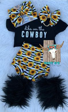 Western Baby Clothes, Western Babies, Baby Kids Clothes, Country Baby Clothes, Outfits Niños, Kids Outfits, Baby Girl Fashion, Kids Fashion, Cute Baby Girl Outfits