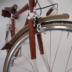 """Brogue"" luxury bicycle by Nicholas James for Harcourt"