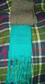 Scarf made with round loom