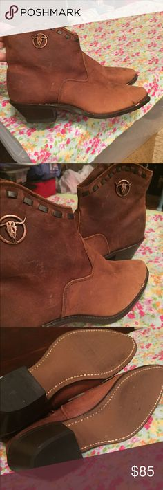 Women's Texas Boot all leather Booties sz 9 New These boots were purchased online and after I received them I did not wear them. These are high quality country western style booties. Inner side zip , weathered brown leather very nice texas boot company Shoes Ankle Boots & Booties