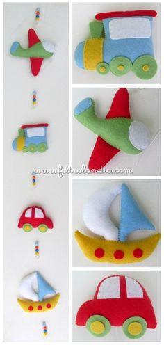Móbile de Cortina Meios de Transporte Paper Crafts For Kids, Felt Crafts, Diy And Crafts, Felt Kids, Felt Baby, Felt Books, Mini Craft, Nursery Letters, Baby Sewing Projects