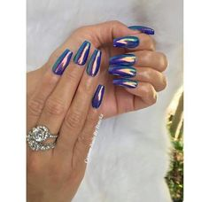 Holographic nails are life Clean Nails, Fancy Nails, Pretty Nails, Nice Nails, Classy Nails, Hot Nails, Hair And Nails, Luxury Nails, Chrome Nails