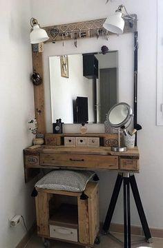 Super diy makeup vanity table to get Ideas Rustic Makeup Vanity, Makeup Table Vanity, Rustic Vanity, Vanity Ideas, Diy Vanity Table, Makeup Tables, Farmhouse Vanity, Gray Vanity, Vanity Stool