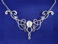 Shannon collier mariage médiéval celtique pendentif par ElnaraNiall