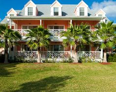 Sip Sip Harbour Island For The Best Lobster Quesadillas On The - Cape eleutheras luxury town homes bahamas