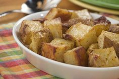 This recipe for Oven Roasted Potatoes sure hits the mark. Just coat some red potatoes with oil and your favorite seasonings for roasted potatoes that will wow your crowd.