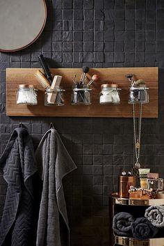 Cool 45 Inexpensive Bathroom Interior Design Ideas. More at https://trendecorist.com/2018/06/29/45-inexpensive-bathroom-interior-design-ideas/
