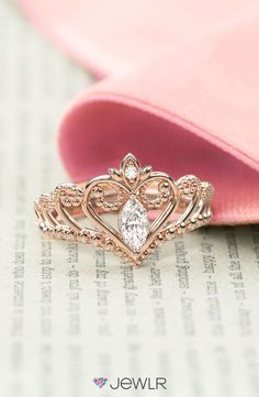 The ring that will make her whole world feel like a fairytale.