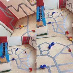 Vilken kickstart av året men nu är vi igång! Älskar silvertejp! möjligheterna är oändliga! #glömsta #vista #vårby #huddinge #pedagogik #utforskande #bilbana #inspirerande #lärmiljöer #kindergarten #preeschool #förskola #reggioemilia Block Area, Reggio Emilia, Educational Activities, Preschool, Classroom, Kids Rugs, Teaching, Inspiration, Boys