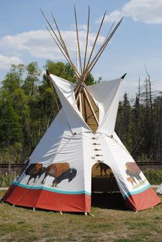 White Buffalo Lodges makes Native American Indian Tipi for camping, retreats and living. Tipi poles and custom painting. Native American Lessons, Native American Teepee, Native American Cherokee, Native American Paintings, Native American Beauty, American Indian Art, Native American Indians, Native American Design, Native Indian