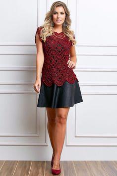 Suma elegancia con prendas tejidas a mano Se destaca el buen gusto al elegir la puntada como su color de material