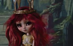 https://flic.kr/p/TctkUU | Aurora, Child of Light | It has been a dream for me bring her to life as a Pullip, for a very long time. Finally and thankfully, I am able to reveal her. Meet Aurora, the pure and kind princess who will bring light back to the kingdom of Lemuria. At all costs.  She is lovely as she is, but the process of creating her was a very beautiful experience. Her parts arrived literally from different corners of the world, each made by very talented and kind-hearted people…