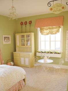 Garden Room for a little girl: love the colors, sign & window box Garden Bedroom, Bistro Set, Girls Bedroom, Bedrooms, Little Girl Rooms, Kid Beds, New Room, Decoration, Living Spaces