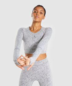 5232890e45609 Gymshark Fleur Texture Long Sleeve Crop - Charcoal Marl 4 Gymshark Flex  Leggings