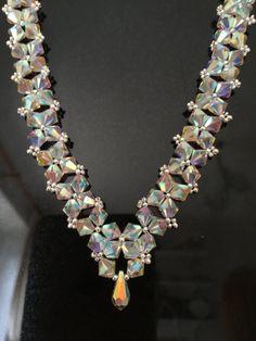 Beaded Necklace with Swarovski Elements Zillion Crystals – Schmuck desing Swarovski Crystal Beads, Crystal Bead Necklace, Lace Necklace, Necklace Ideas, Pearl Necklace, Beaded Necklace Patterns, Beaded Bracelets, Jewelry Crafts, Bead Weaving