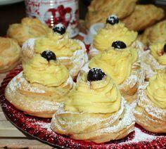 ZEPPOLE AL FORNO ricetta tradizionale Burritos, Italian Desserts, Food Menu, Biscotti, Holiday Recipes, Bakery, Cheesecake, Deserts, Food And Drink