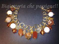 Bracciale con charms di corniola e madreperla by Bigiotteria che Passione!!