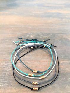 Bracelet minimaliste en or Rose Rose Bracelets empilage en Bracelet Fil Alu, Cord Bracelets, Diamond Bracelets, Stacking Bracelets, Friend Bracelets, Braclets Diy, Bridal Jewelry, Diy Jewelry, Jewelery