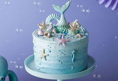 From mermaid tails to starfish sandwiches, here's 17 party foods perfect for an under the sea theme party! Ocean Birthday Cakes, Ocean Cakes, Beach Cakes, Birthday Cake Girls, Cakes For Teenagers, Sea Party Food, Pool Party Cakes, Mermaid Cakes, Crazy Cakes
