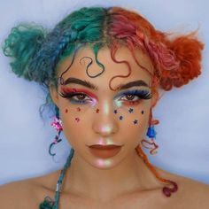 OK, this is adorable AF. Curly haired cutie has us starry eyed in space buns and 'Slayer' lashes. Makeup Tips, Beauty Makeup, Hair Makeup, Hair Beauty, Wolf Makeup, Makeup Style, Cute Makeup, Makeup Looks, Festival Make Up