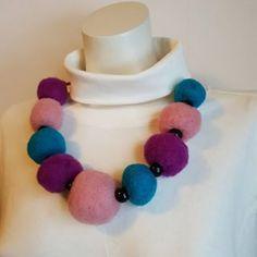 by itu ( Itu, Crochet Necklace, Helmet, Jewelry, Instagram, Design, Fashion, Crochet Collar, Jewellery Making