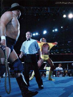 Wwe Hulk Hogan, Bruiser Brody, Japanese Wrestling, Wrestling Superstars, Professional Wrestling, Mma, Old School, Sports, Vitamins