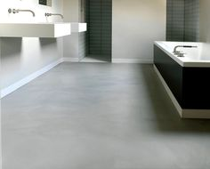 Badezimmerboden 20 Beautiful collection of bathrooms with epoxy flooring - I N T E R I O R - Epoxy # Bad Inspiration, Bathroom Inspiration, La Croix Valmer, Acoustic Ceiling Tiles, Cleaning Baseboards, Walk In Shower Designs, Tadelakt, Epoxy Floor, Large Bathrooms