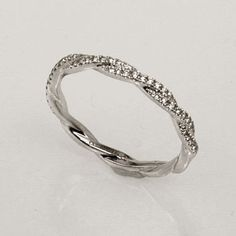 I really like infinity rings when they have no gaps and match all the way around.