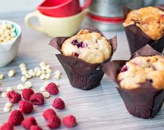 I made these muffins a few months ago and I am still thinking about how good they were. These  raspberry white chocolate muffins are simply amazing!