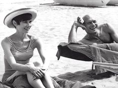 Audrey photographed with Yul Brynner during holidays in Venice,1965 ©Yul Brynner Estate #AudreyHepburn #YulBrynner