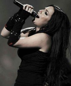 Amy Lee of Evanescence Banda Evanescence, Amy Lee Evanescence, Rainha Do Rock, Snow White Queen, Memes Arte, Cristina Scabbia, Bring Me To Life, Joan Jett, Metal Girl