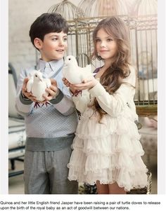 I love that dress that's what I want my flower girls to wear! Beautiful Children, Beautiful Babies, Beautiful People, Precious Children, Children Toys, Flower Girls, Flower Girl Dresses, Fashion Kids, Trendy Fashion
