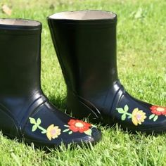 Kick off the new season with your own custom painted rain boots!